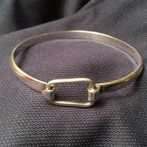 Jewelry - Modern hook bangle